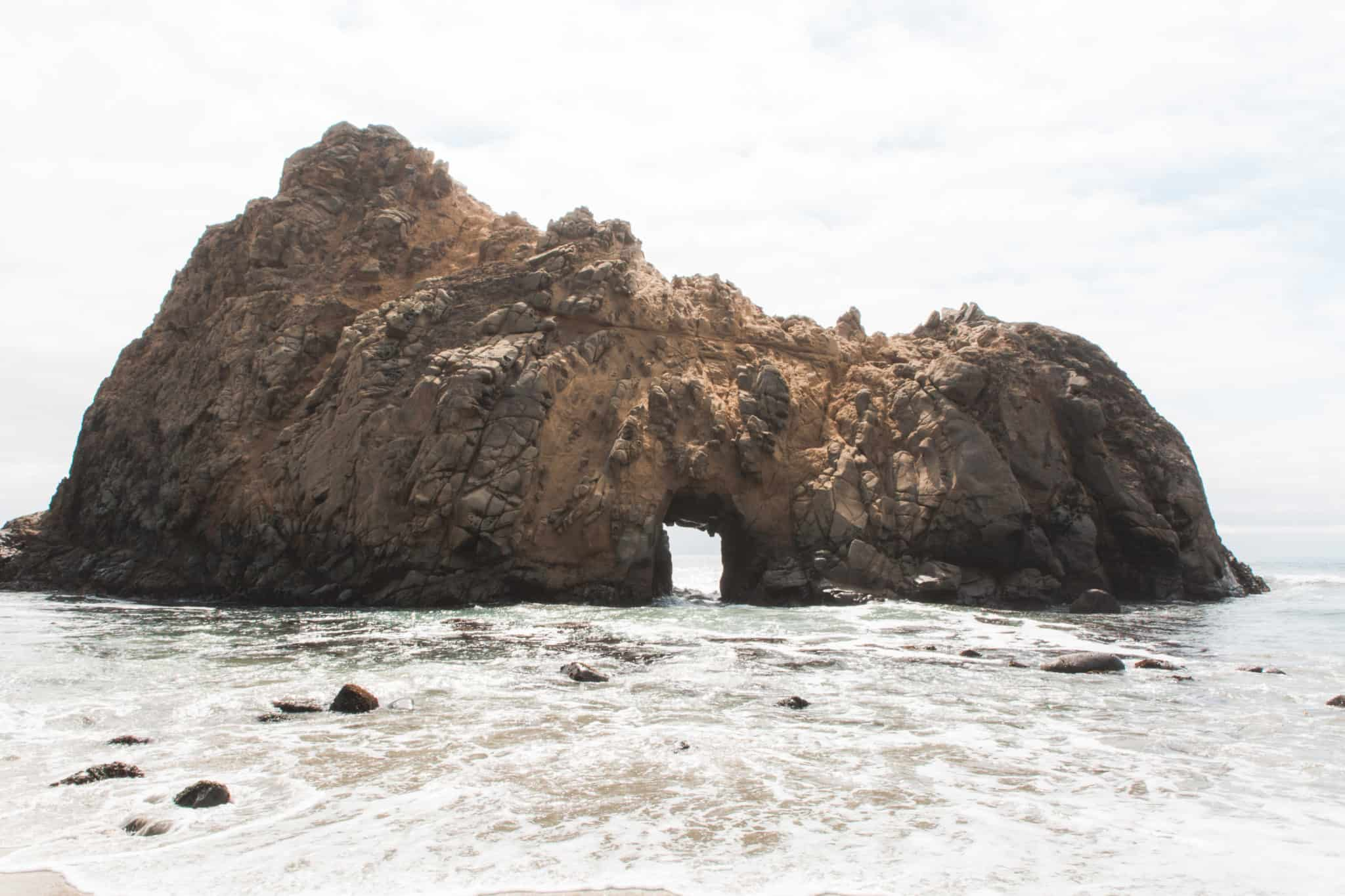 Keyhole Arch, Pfeiffer Beach, California, USA